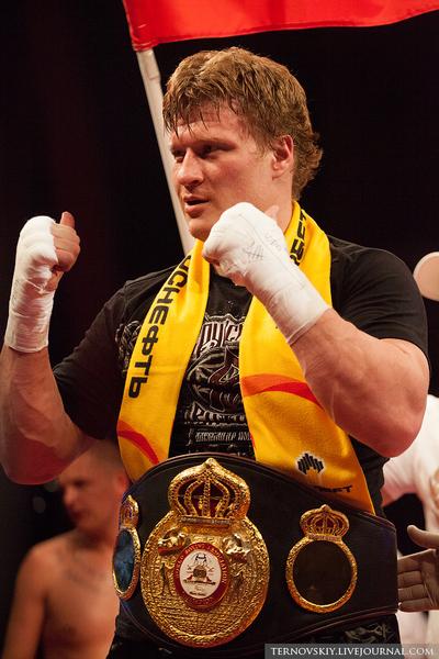 Александр Поветкин подписал контракт с промоутерской компанией Рябинского «Мир бокса» на три года